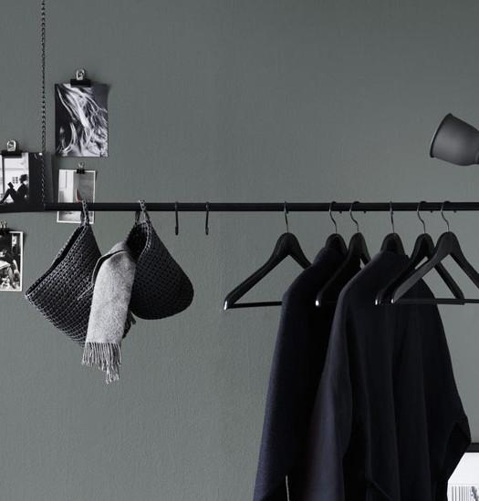 Selbstgemachter Kleiderschrank Kleiderstange