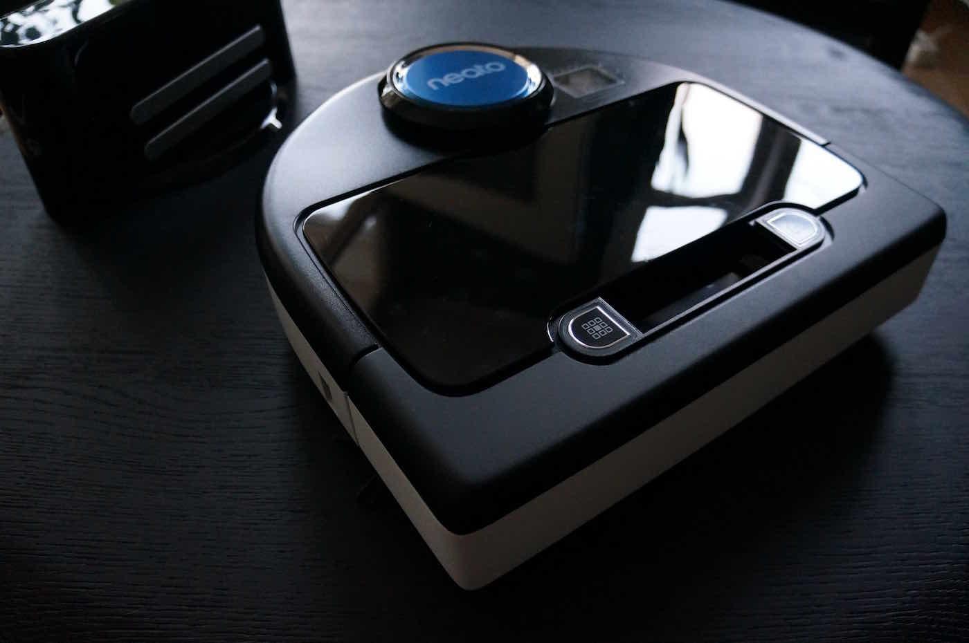 im test neato botvac d85 roboterstaubsauger designs2love. Black Bedroom Furniture Sets. Home Design Ideas