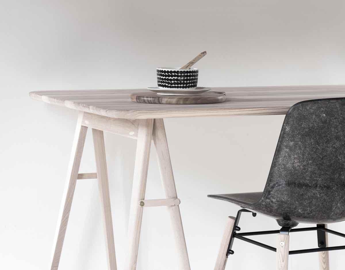 feist forest handgefertigte holztische aus england designs2love. Black Bedroom Furniture Sets. Home Design Ideas