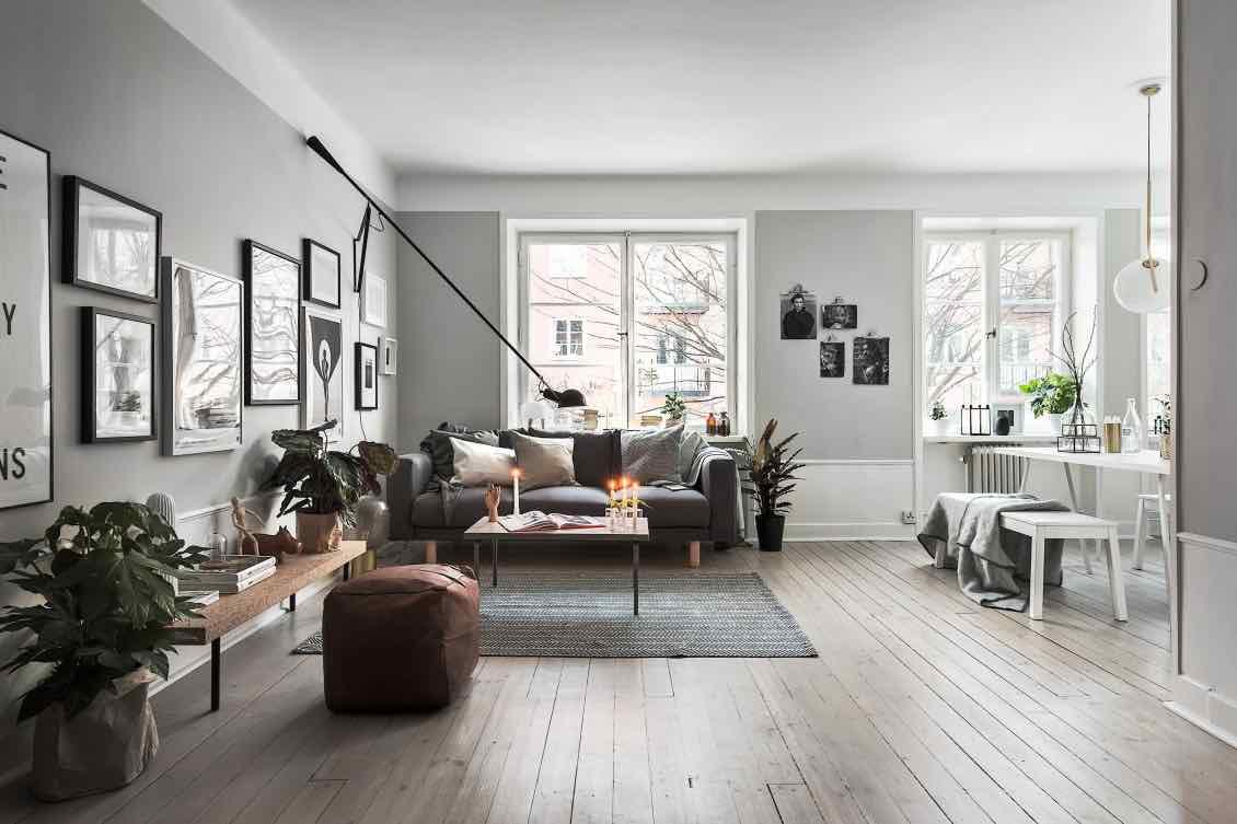 Wohnzimmer-mit-offener-Kueche